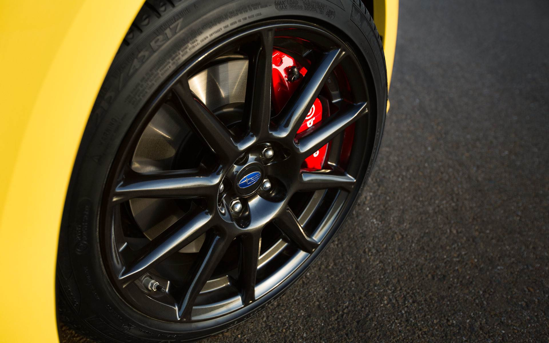 BRZ SERIES.YELLOW brembo製ブレーキ