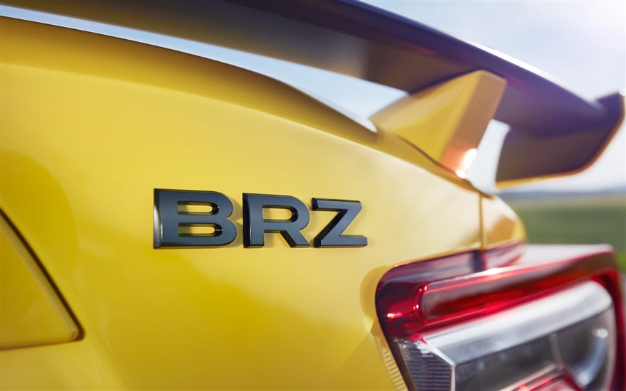 BRZ SERIES.YELLOW リヤビュー
